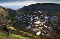 20091227 Isla de Pascua 384 (blogmulo) Tags: chile travel america canon easter de island volcano ar pascua luna viajes miel moai isla lunademiel sudamerica rano volcan kau ahu nui rapa canon450d blogmulo 200912