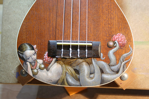 Huladollsquidgirl Ukelele (Close-up)