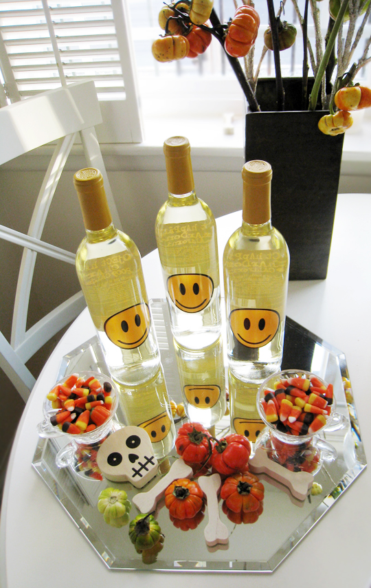 happiness project wine+halloween table+festive halloween decor