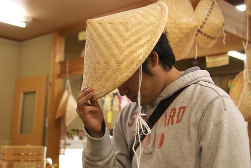 ベトナム笠着用の webnist さん