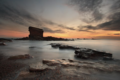 Charley's Garden (Alistair Bennett) Tags: seascape sunrise coast rocks northumberland seatonsluice canonefs1022 collywellbay charleysgarden gnd075he