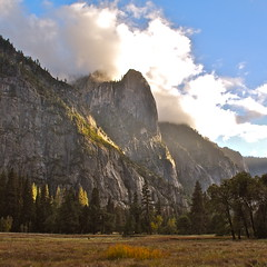 Yosemite Valley (nebulous 1) Tags: california nikon yosemitenationalpark yosemitevalley eveninglight justbeforesunset nebulous1