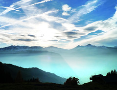 Sundown (b3nny) Tags: blue autumn mountain clouds contrast austria tirol sterreich colours herbst bluesky tyrol zillertal greatday herbsttag b3nnyat