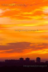 34-Montpellier-86C (Christian Sals) Tags: soleil paysage couchdesoleil urbain levdesoleil