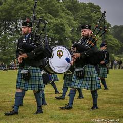 Pipers (FotoFling Scotland) Tags: event scotland bagpipe highlandgames kilt lussgathering pipers fotoflingscotland