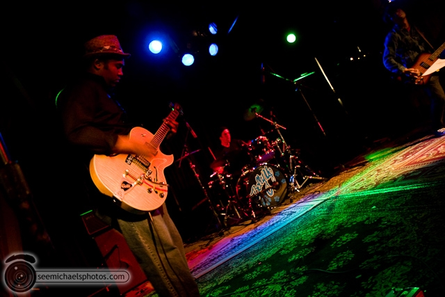 Death Eaters at Belly Up 112409 © Michael Klayman-006