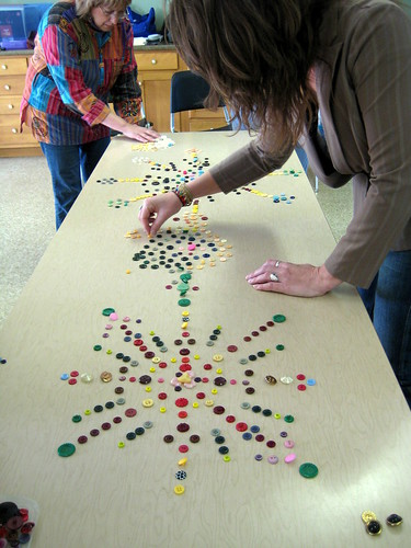 Making mandalas with buttons at my latest workshop