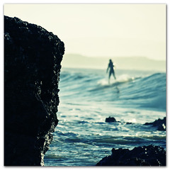 Between a rock and a hard place Happy Acid Surfing Bokeh Wednesday (s0ulsurfing) Tags: ocean winter light sea sunlight seascape cold beach water sport rock speed point fun island bay coast blog rocks surf december waves dof play power ride action pov wordpress surfer web board acid report extreme perspective shoreline fast wave ps surfing cabbagepatch riding coastal website shore vectis isleofwight surfboard blogging surfers coastline lowtide rollers soulsurfer reef velocity swell isle olas 2009 wight freshwater groundswell freshwaterbay pointbreak bigwednesday beachculture s0ulsurfing soulsurfing wwwsoulsurfingcouk welcomeuk