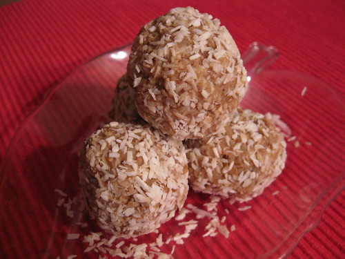 Holiday Date Nut Balls
