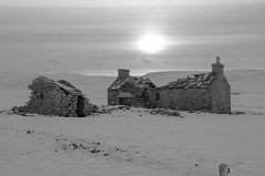 Near the middle of nowhere (bm^) Tags: uk travel light sun white snow black tourism scotland blackwhite orkney nikon zwartwit unitedkingdom decay farm sneeuw ruin zwart wit schotland yesnaby verval d90 rune 5photosaday blackwhitephotos orcades  saariysqualitypictures nikond90bw mygearandmepremium mygearandmebronze mygearandmesilver mygearandmegold mygearandmeplatinum mygearandmediamond