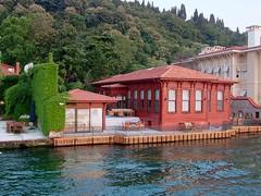 060714071f Istanbul - Anadolu Yakas (galpay) Tags: house turkey wooden waterfront trkiye 2006 istanbul turquie trkei villa ottoman turquia bosphorus boazii boaz turqua turchia   osmanl  ahap yal    060714 yallar  galpay ottomanstyle kagir