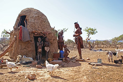 Himba tribe, Kaokoland, Namibia (Loc BROHARD) Tags: africa woman women african culture tribal safari afrika tribe ethnic namibia tribo himba afrique ethnology tribu namibie kaokoland tribus ethnie