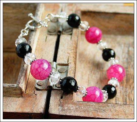 Pink crackle agate bracelet