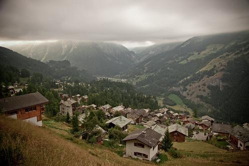 Ascending Col de Torrent