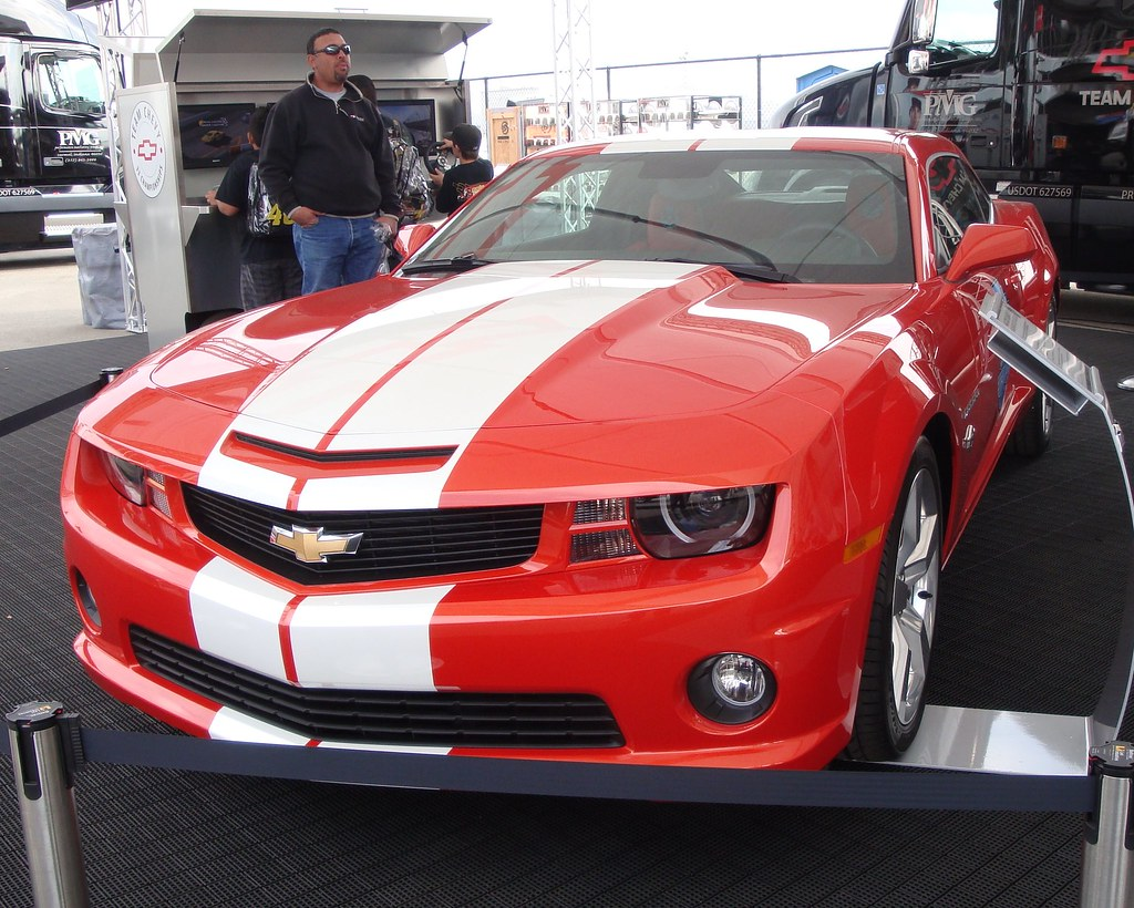 2010 Indy 500 Camaro SS Pace Car