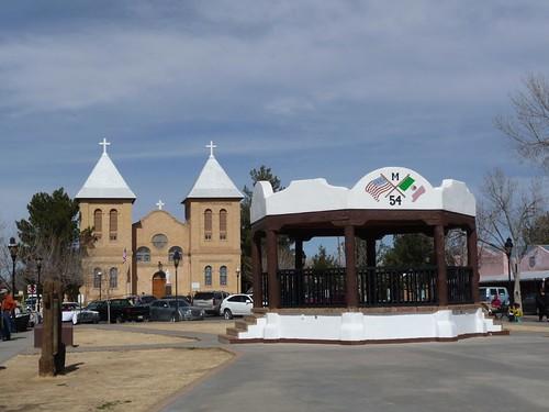 mesilla plaza.