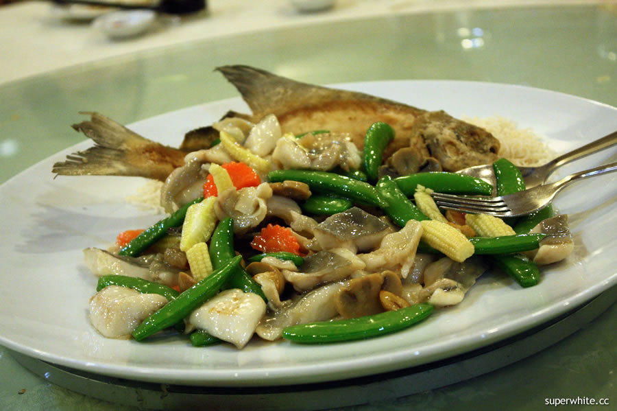 2010 Chinese New Year's Dinner - Double taste fish