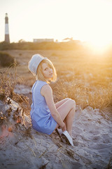in the daylight, anywhere feels like home (rockie nolan) Tags: beach fashion canon photography 50mm golden sand nolan megan retro portraiture 5d 18 styling backlighting rockie emerick sunlighting