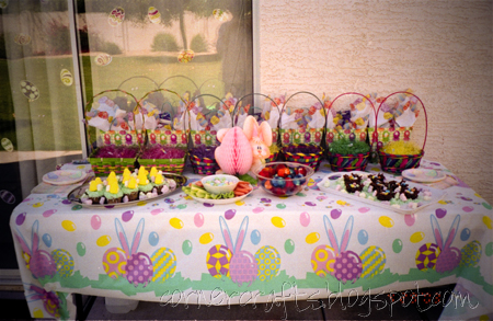 2nd-birthday-party-easter-girl-decoration-set-up-table