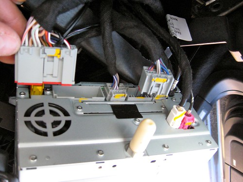 Part 2: Installation of the SYNC-LP1 LOCKPICK in the ford