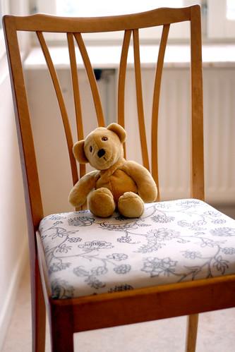 Nalle på stolen