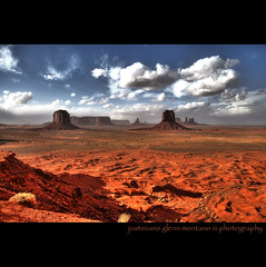 Monument Valley Utah Arizona Border (j glenn montano 3) Tags: arizona monument point utah rocks artist glenn border valley artists overlook hdr montano tse bii ts justiniano colorphotoaward ndzisgaii