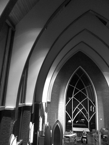 P1010268-2010-03-20-Smith-Chapel-Agnes-Scott-Trusses-BW