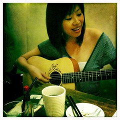22 Mar 10_It's a nice guitar!