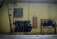 Filly Willy (Scotty Cash) Tags: wet graffiti juicy 2010 nwk sueme ninelives getithowyoulive