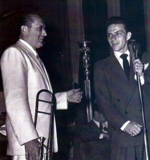 Tommy Dorsey and Frank Sinatra at the Meadowbrook nightclub in New Jersey