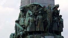 Bruselas (Carlos_Y.) Tags: brussels geotagged belgium belgique belgie bruxelles bruselas belgica bruxellescapitale 102kmtobrusselsinbruxellescapitalebelgium geo:lat=50837387 geo:lon=4352853