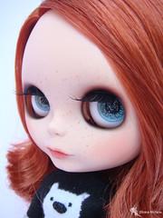 Brenda ( Kitana) Tags: friendly blythe freckles custom customizao
