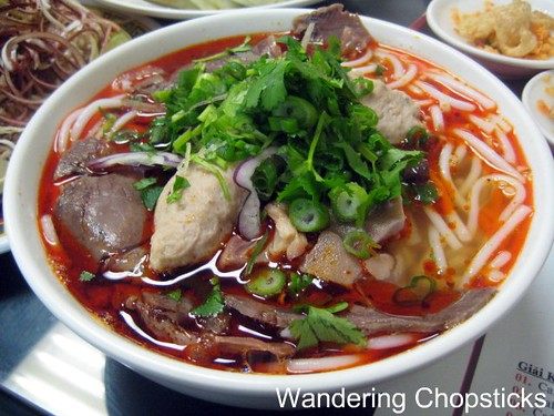 Ngu Binh Restaurant - Westminster (Little Saigon) 7