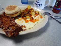 hash & eggs à la Becky's