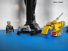 Comparison 2 (GoRiLLaWeR) Tags: robot amazing lego huge mecha anubis moc gorillawer