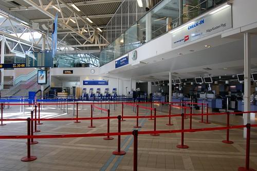 Empty terminal at Arlanda