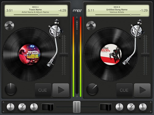 Captura de pantalla de iPad mixr, un software para DJ en iPad
