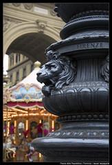 Piazza della Repubblica -Florencia (daniel meseguer mateos) Tags: republica street travel italy square florence calle nikon italia lion carousel florencia firenze piazza toscana della len tiovivo d90 18105vr