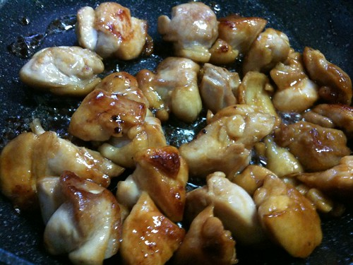 #jisui フライパンで焼き鳥!こないだの豚丼のタレで!