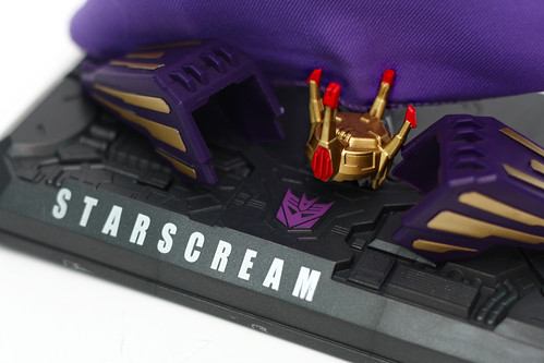 Starscream Coronation Set Crown and Cape