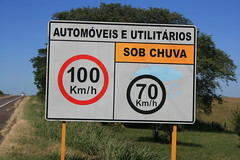 100 Km na BR (Caio Flavio Jacobus) Tags: brazil nature field rio landscape br south hora 100 rs gauchos riograndedosul sul pardo turismorural santacruzdosul formigão ascoresdosul br471 py3ar southamericanfields brazilrural