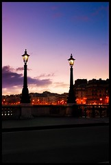 Paris, la nuit et le matin (Zed The Dragon) Tags: paris nuit night sky cloud fontenayexpozed sony serres auteuil french franais minolta flickraward5 beautiful photo mygearandmepremium ringexcellence francais alpha350 parisien light morning sunset poselongue fil flickraward bestcapturesaoi zedthedragon lightroom postproduction effets effects flickraward historique france architecture storia a350 alpha dslra350 sal mywinners 100commentgroup faves fave 025sec f80 iso100 35mm hpexif best most view 100 100coms bridge building capital city cityscape europe landscape skyline skyscraper