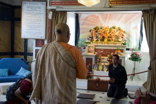 H H Bhakti Caru Swami 2010 - 0013 por ISKCON desire tree.