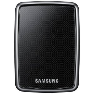 I use a Samsung 640 GB USB 2.0 2.5-Inch Portable External Hard Drive HX-MU064DA/G22 to store my referenced Aperture 3 master files