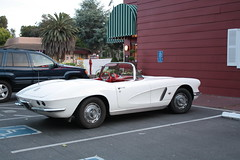 IMG_2028 (raider3_anime) Tags: white classic cool convertible corvette 1962 cabriolet chervrolet