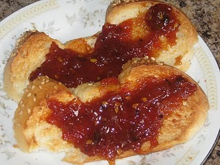 Maggies Country Kitchen: Tomato Jam on toast