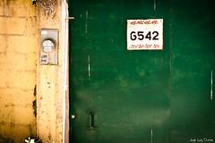 No hay lugar para 3 - 157/365 (jlduron) Tags: door puerta honduras tegucigalpa elhatillo eltrigo project365 proyecto365 jlduron
