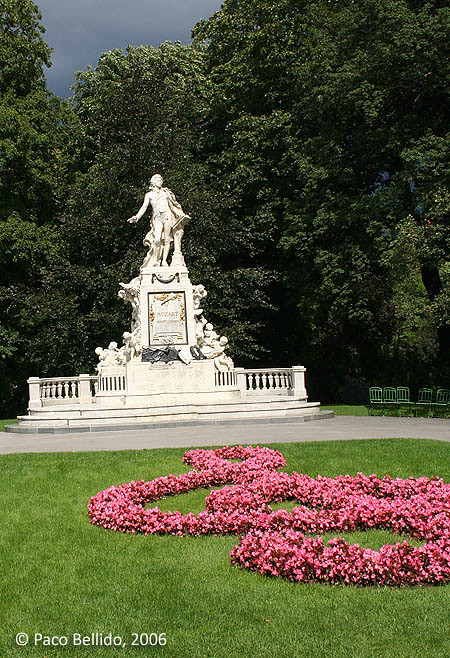 Monumento a Mozart. © Paco Bellido, 2006