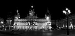 Ayuntamiento de La Coruña B/N (.·*DiusKa*·....) Tags: blackandwhite bw panorama blanco night gris noche blackwhite negro bn panoramica plazamayor galia ayuntamiento lacoruña blacoynegro nuite blancenegre diuska