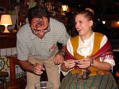 Liando / Rolling (Anvica) Tags: cigarette smiles roll liar tobacco chus tabaco risas cigarrillo afz jlmoro fiestasdelpilar2010
